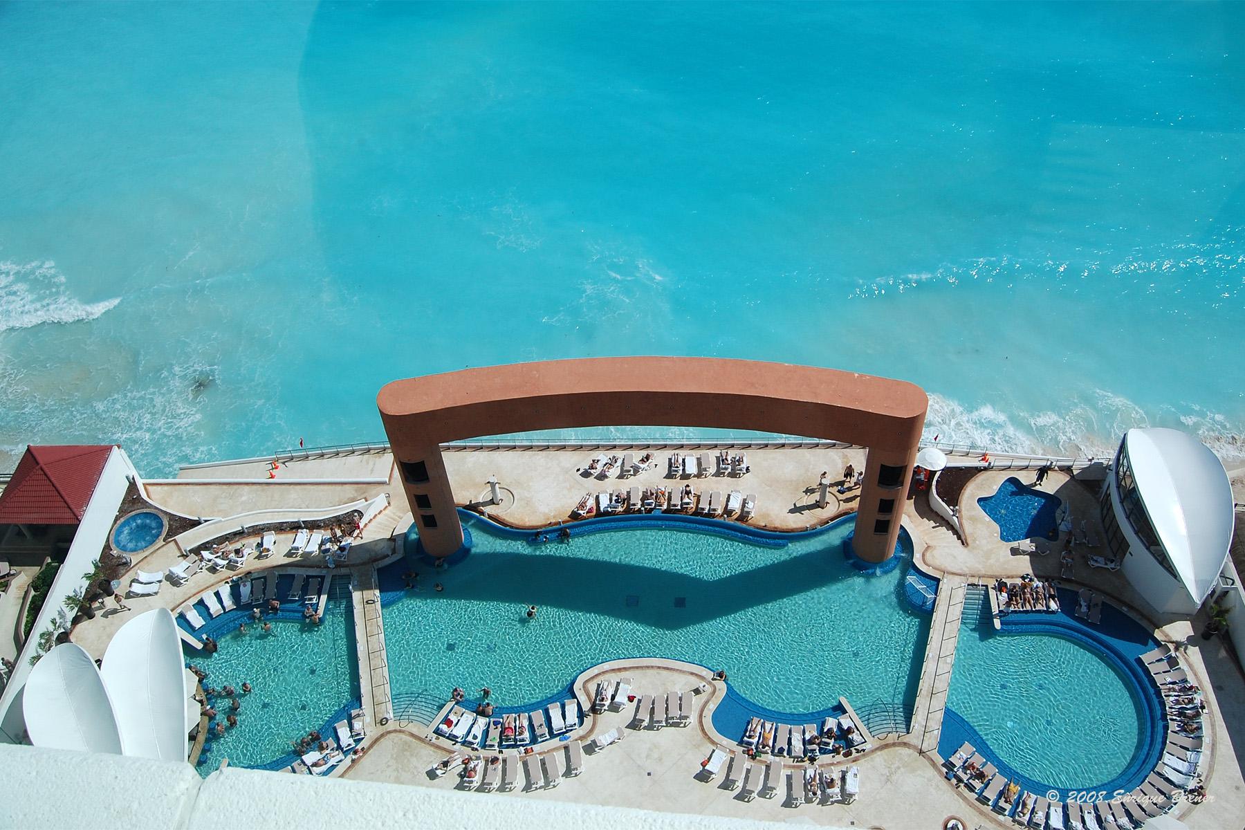 beach-palace-cancun